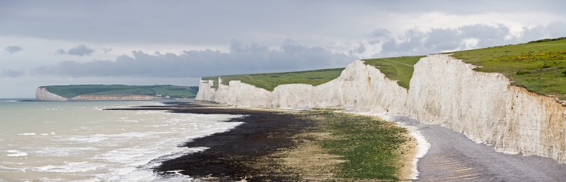 Seven_Sisters_white-cliff-Panorama_East_Sussex_England-big-picture