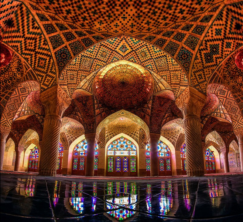 stunning-beautiful-nasir-al-mulk-mosque-shiraz-iran-stained-glass (10)