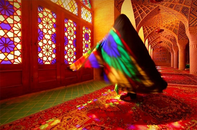 stunning-beautiful-nasir-al-mulk-mosque-shiraz-iran-stained-glass (11)