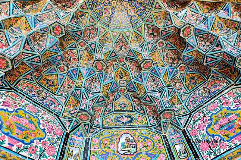 stunning-beautiful-nasir-al-mulk-mosque-shiraz-iran-stained-glass (3)