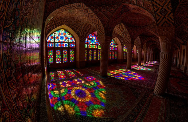 stunning-beautiful-nasir-al-mulk-mosque-shiraz-iran-stained-glass (4)