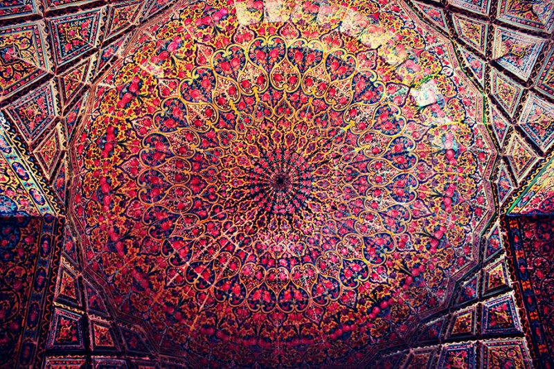 stunning-beautiful-nasir-al-mulk-mosque-shiraz-iran-stained-glass (6)