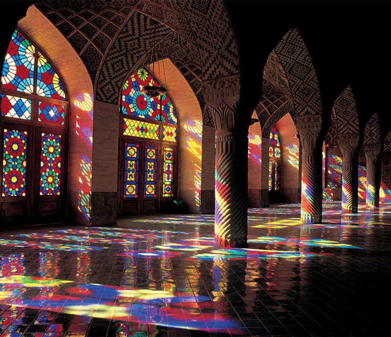 stunning-beautiful-nasir-al-mulk-mosque-shiraz-iran-stained-glass (7)