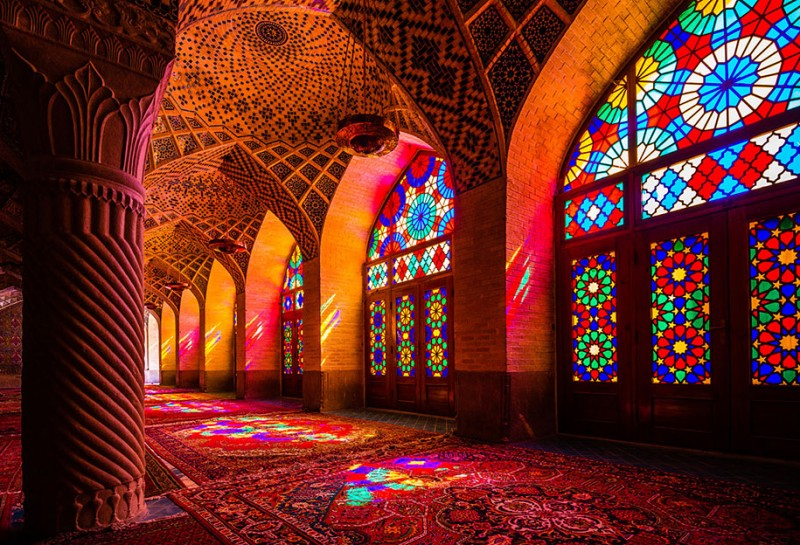 stunning-beautiful-nasir-al-mulk-mosque-shiraz-iran-stained-glass (8)
