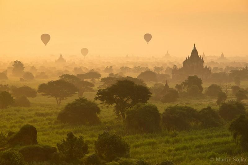 worlds-most-stunning-beautiful-amazing-impressive-places (1)