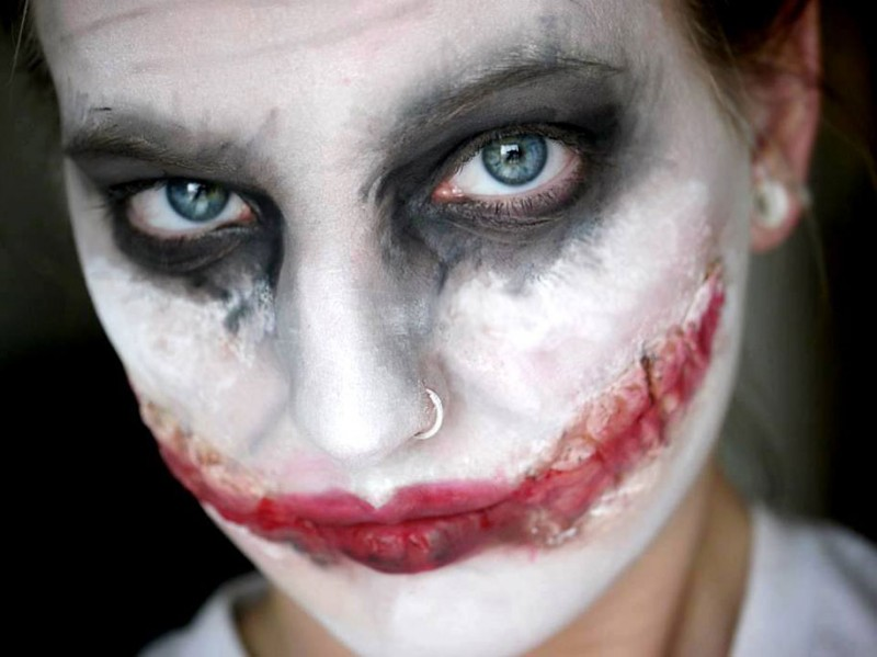 awesome-eye-catching-cool-make-up-face-painting-characters (12)