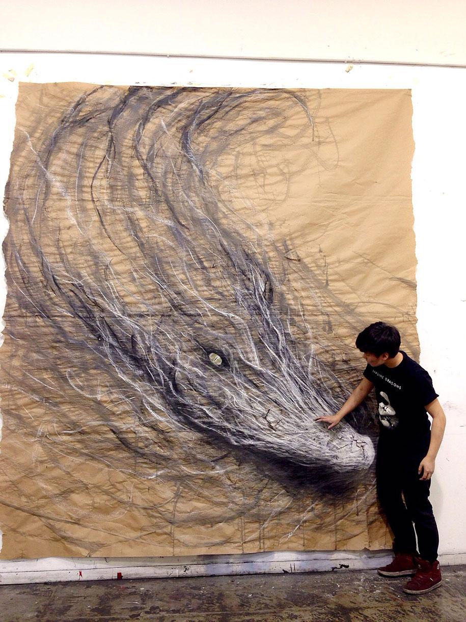 Eye-popping dark three-dimensional life-sized drawings of