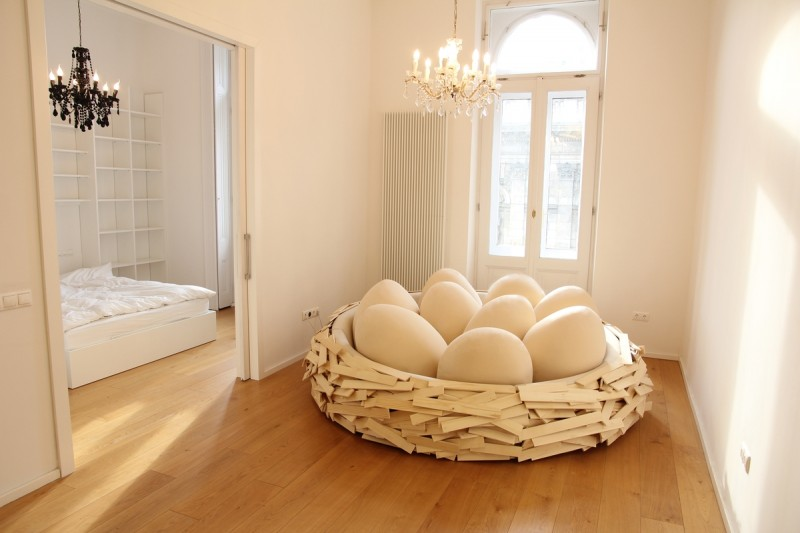 eye-catching-comfortable-sofa-bed-modern-design-birds-nest (4)