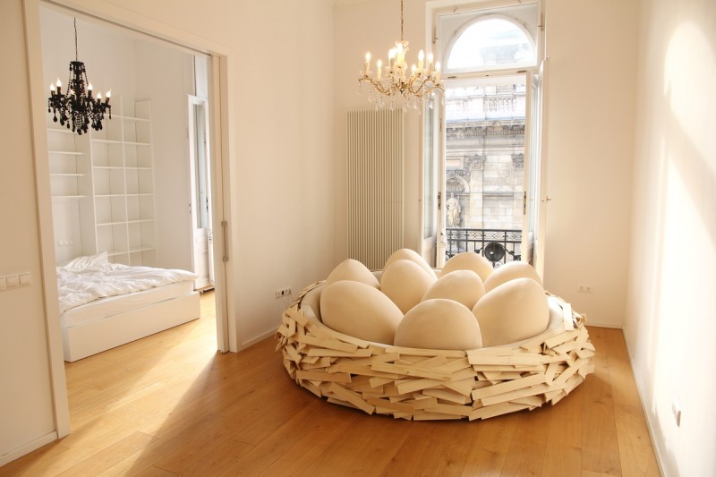 eye-catching-comfortable-sofa-bed-modern-design-birds-nest (5)