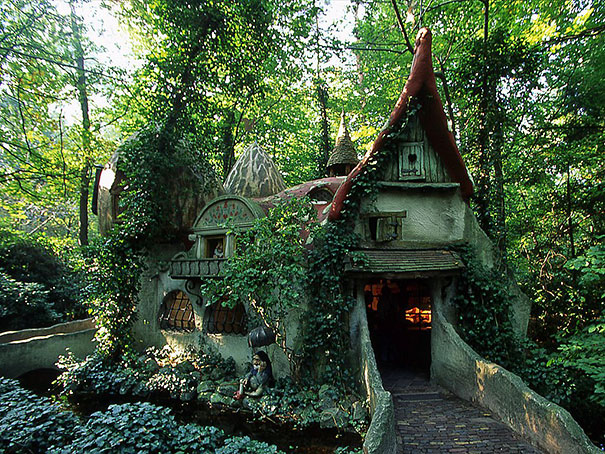 fantastic-fairytale-beautiful-dreamlike-cottages-houses (23)