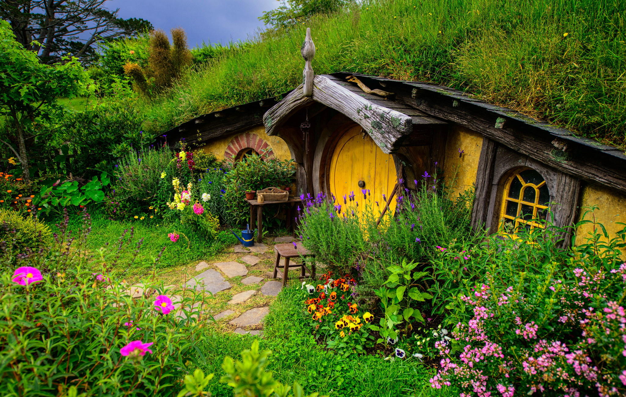 Most fascinating houses you have never imagined on earth - Cottage image ...