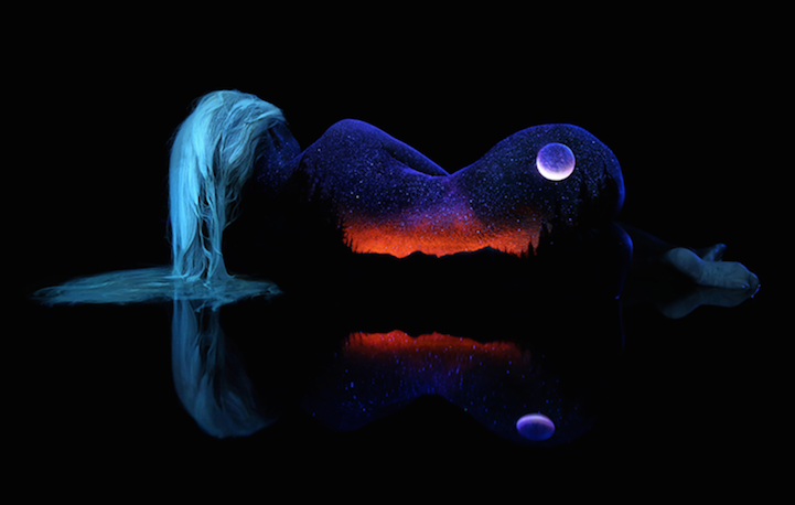 enchanting-fluorescent-body-paintings-spectacular-nature-scenes (11)