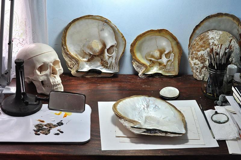 pearl-shell-human-skull-carving (2)