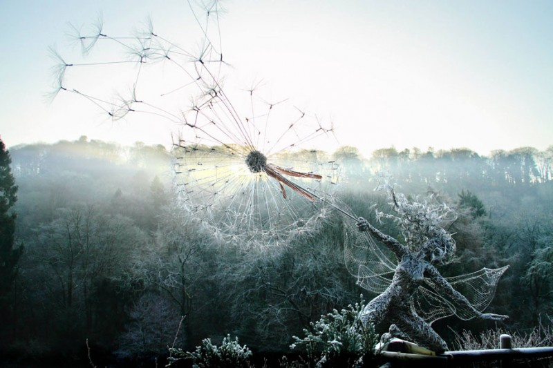 amazing-beautiful-steel-wire-fairy-dandelion-sculptures (1)