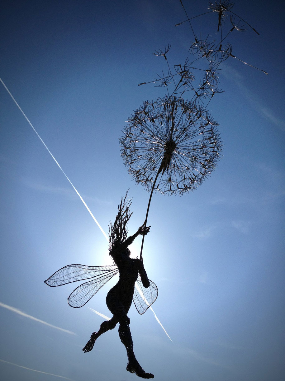 Fantastic fairies made out of stainless steel wires | Vuing.com