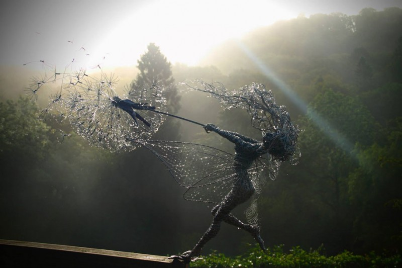 amazing-beautiful-steel-wire-fairy-dandelion-sculptures (13)