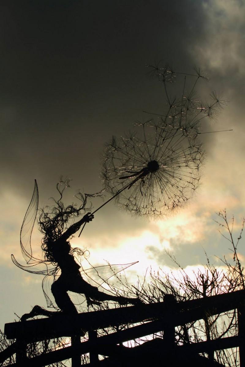 amazing-beautiful-steel-wire-fairy-dandelion-sculptures (2)