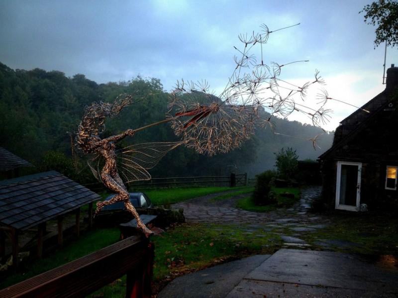 amazing-beautiful-steel-wire-fairy-dandelion-sculptures (8)