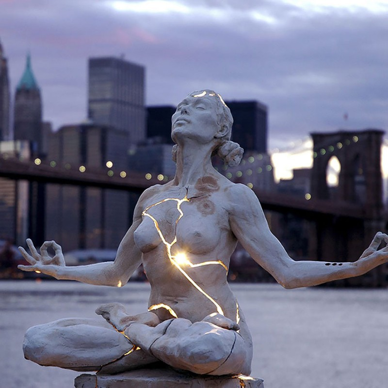 most-creative-stunning-artistic-impressive-sculptures-statues (20)