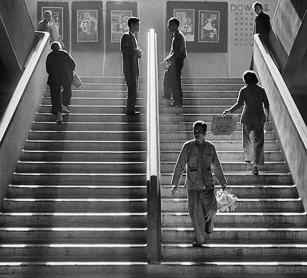 old-hong-kong-black-and-white-street-photography-pictures