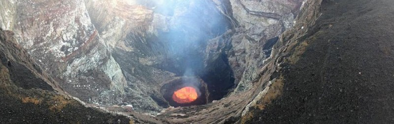 volcano-adventure-crater-lava-eruption