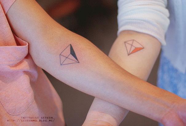 beautiful-minimalistic-tattoo-art-pictures (20)