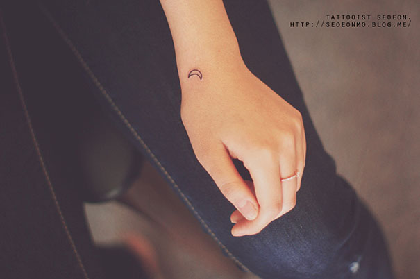 beautiful-minimalistic-tattoo-art-pictures (7)
