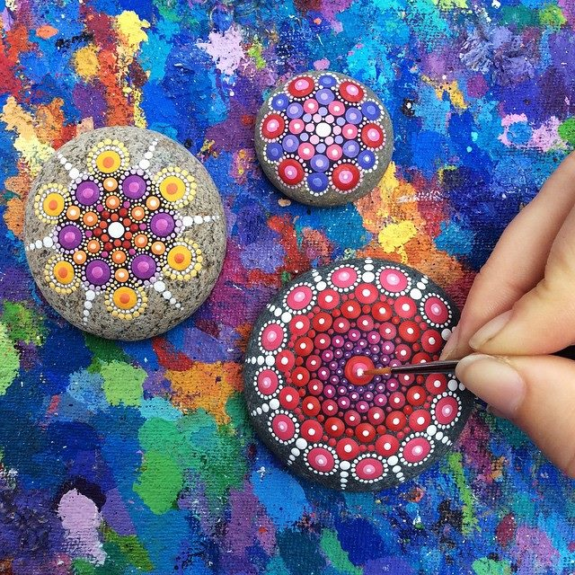 mandala-artwork-painting-dot-patterns (1)