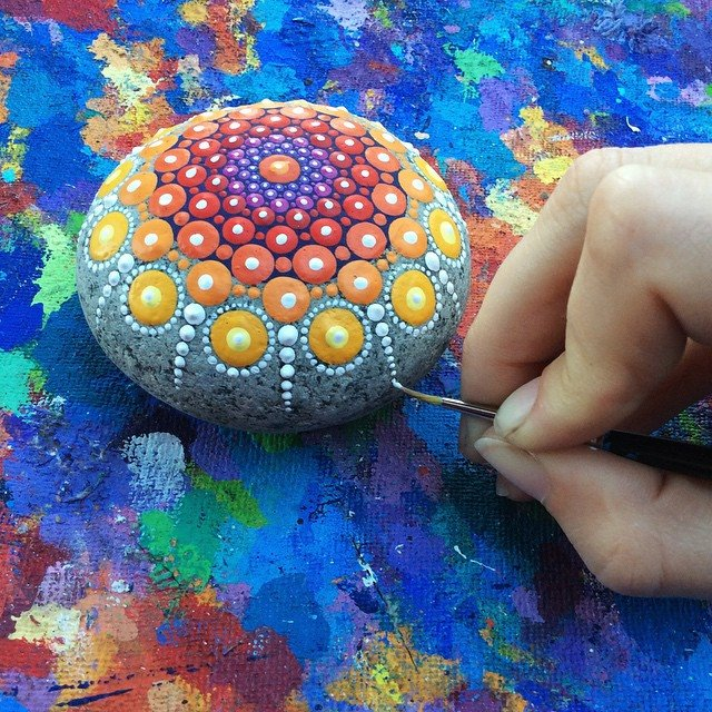 mandala-artwork-painting-dot-patterns