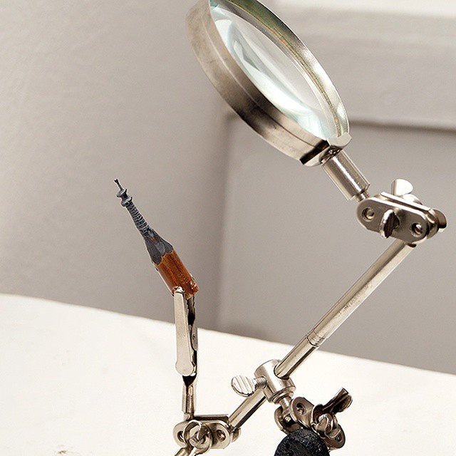 amazing-modern-art-pencil-lead-tip-sculptures (6)
