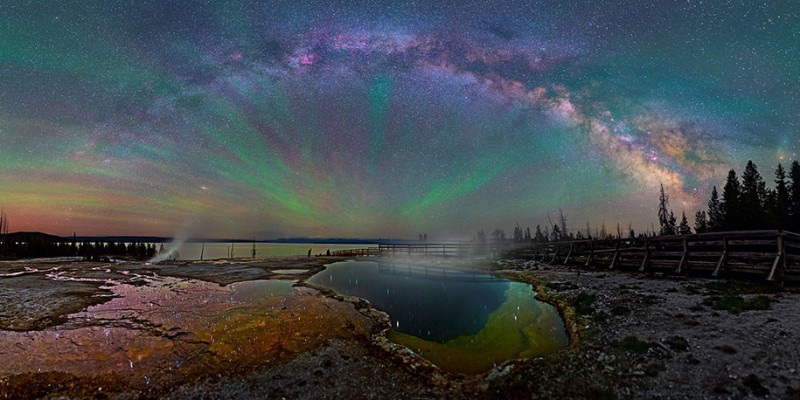 stunning-beautiful-milky-way-astro-photographs-yellowstone-park-sky (3)