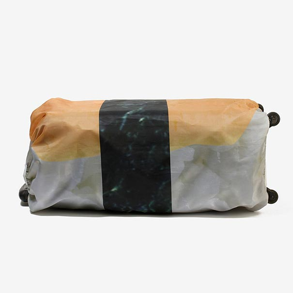 sushi-suitcase-luggage-covers-japa (5)