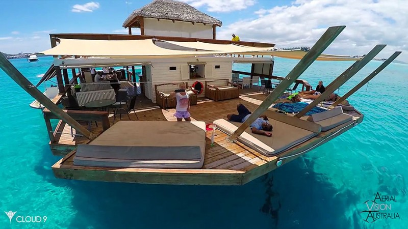 beautiful-drone-video-fiji-floating-bar -vacation-resort (3)