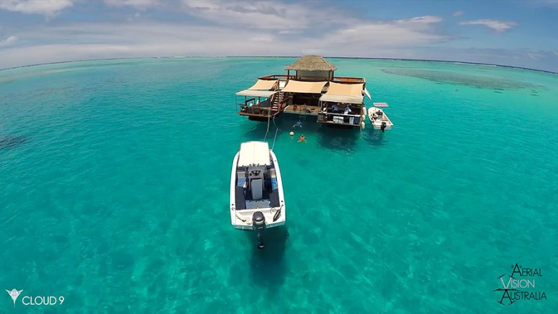 beautiful-drone-video-fiji-floating-bar -vacation-resort (4)