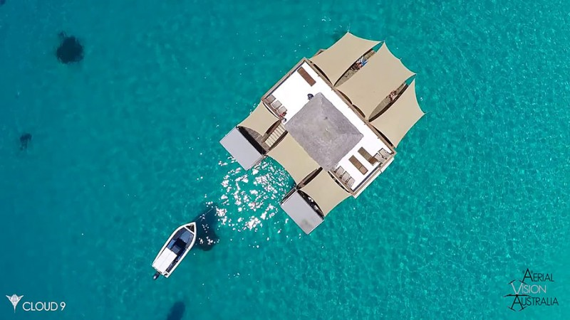 beautiful-drone-video-fiji-floating-bar -vacation-resort (7)