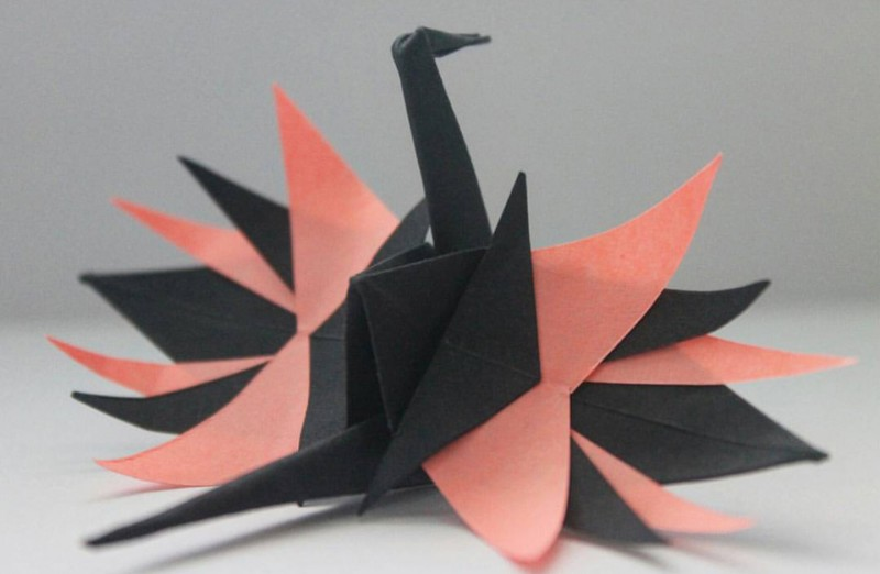 beautiful-origami-crane-paper-folding-art