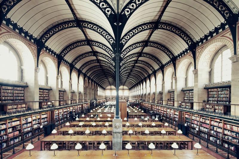 collection-worlds-most-beautiful-majestitc-libraries-photo-series (12)