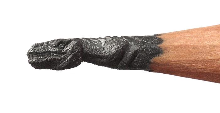 Micro-pencil-tip-Sculptures-Carving (16)