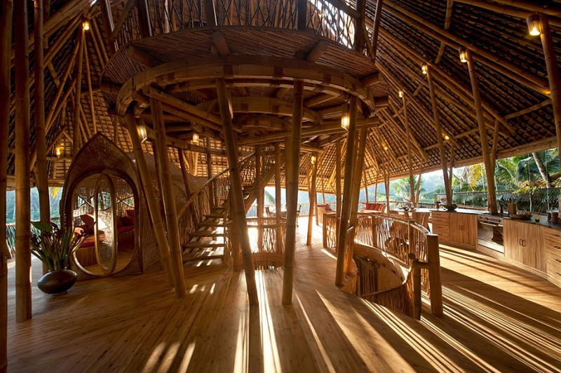 beautiful-Sustainable-house-bamboo-structures (2)