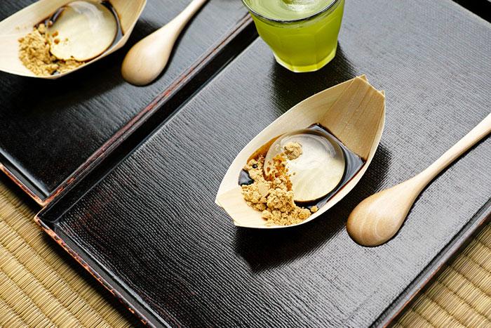 amazing-japanese-cuisine-water-cake-mizu-shingen-moshi (3)