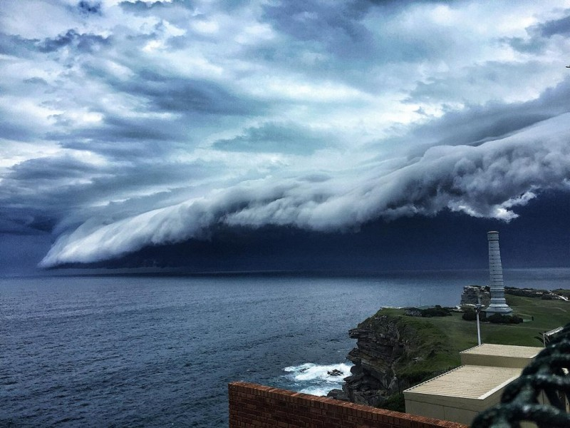 cool-massive-apocalypic-shelf-cloudsi-sydney-australia (3)