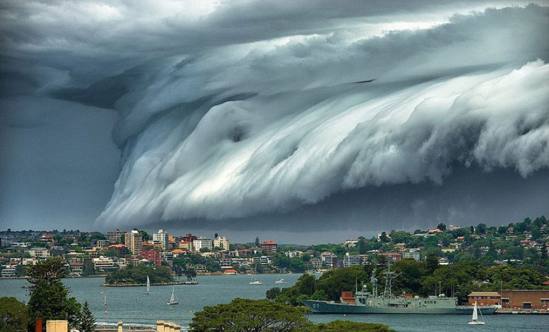 cool-massive-apocalypic-shelf-cloudsi-sydney-australia (6)