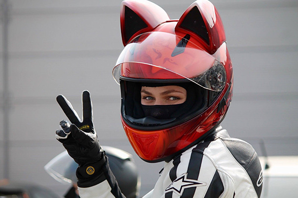 cute-cat-ear-motorcycle-helmets-designs (1)