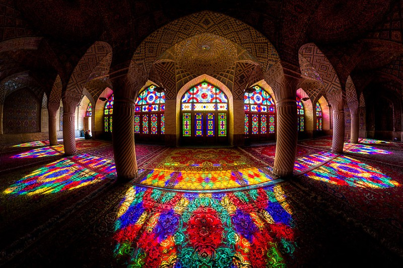 intricate-beautiful-design-inside-Iran-magnificent-temples-Interiors (14)