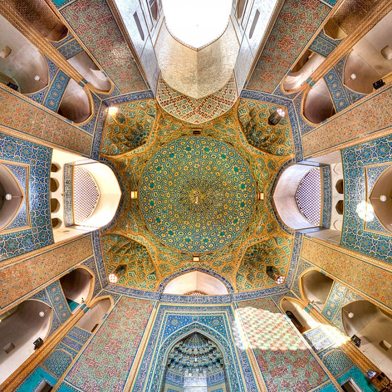 intricate-beautiful-design-inside-Iran-magnificent-temples-Interiors (15)