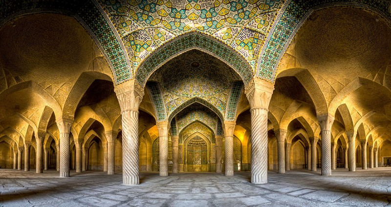 intricate-beautiful-design-inside-Iran-magnificent-temples-Interiors (19)