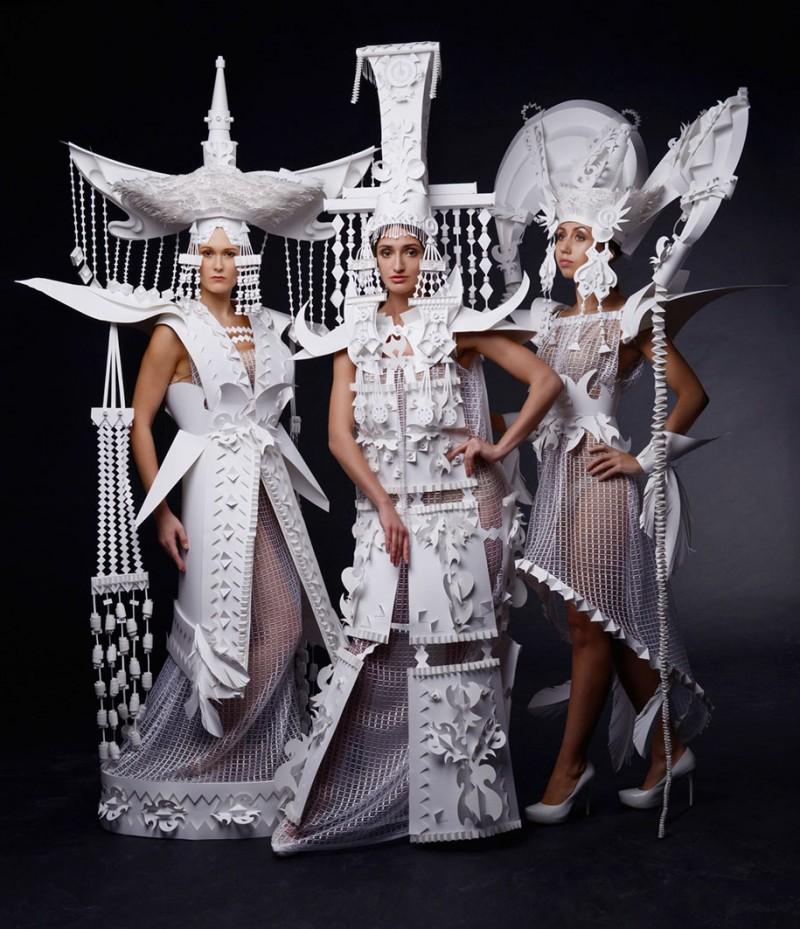 intricated-Mongolian-wedding-costumes-paper-art (2)