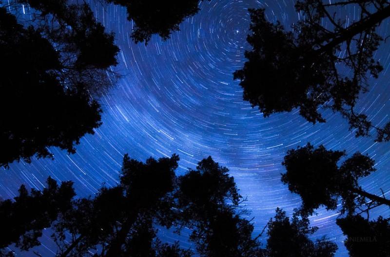wonderful-clear-starry-night-sky-finland-photos (10)