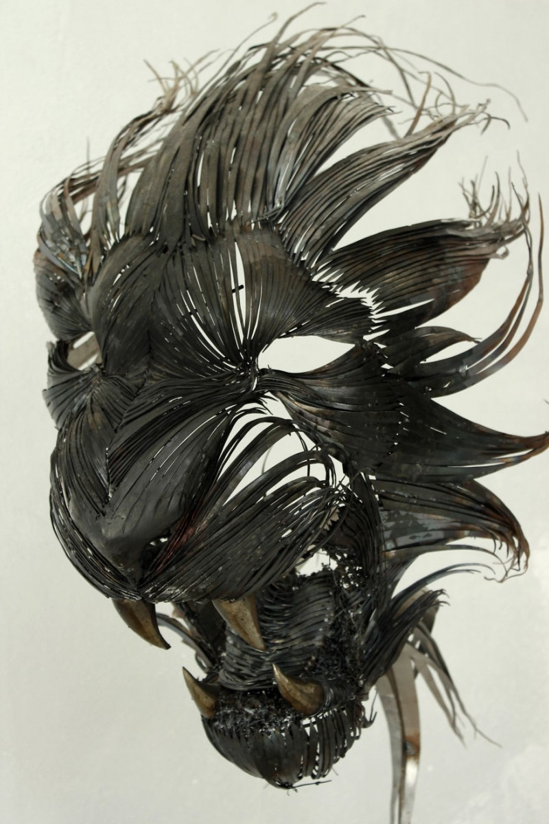 Animal-Masks-Hammered-steel-Scrap-Metal-sculptures (4)