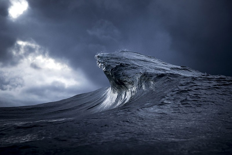 amazing-beautiful-sea-photography-mountain-waves-picutres (12)